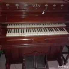 Instrumentos musicales: ARMONIO INGLES DEL SIGLO XIX, CAJA DE ROBLE CON DOBLE TECLADO. Lote 104774111