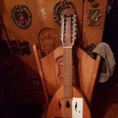 Instrumentos musicales: ESPECTACULAR Y ANTIGUA BANDURRIA DE LA PRESTIGIOSA MARCA RAMIREZ. Lote 104893987