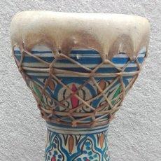 Instrumentos musicales: TAMBOR DE ARCILLA PINTADO A MANO. Lote 106730567