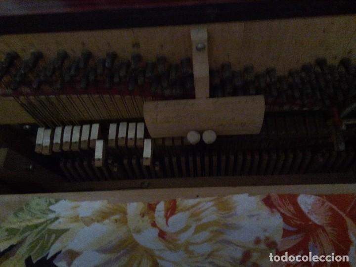 Instrumentos musicales: * ORGANILLO CON CARRO.VICENTE LLINARES. MANUBRIO. (RfB/e**) - Foto 3 - 108071611