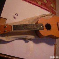 Instrumentos musicales: UKELELE CON FUNDA. Lote 108321259