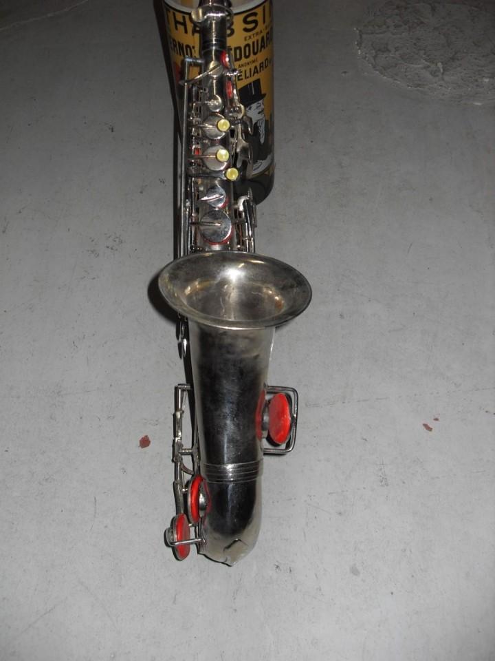 Instrumentos musicales: Saxofón plateado (I.V.A. INCLUIDO y TRANSPORTE GRATIS) - Foto 2 - 52387081