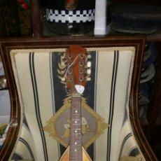 Instrumentos musicales: MANDOLINA DE GRAN CALIDAD DE MADERAS Y MARQUETERÍA. Lote 110648156