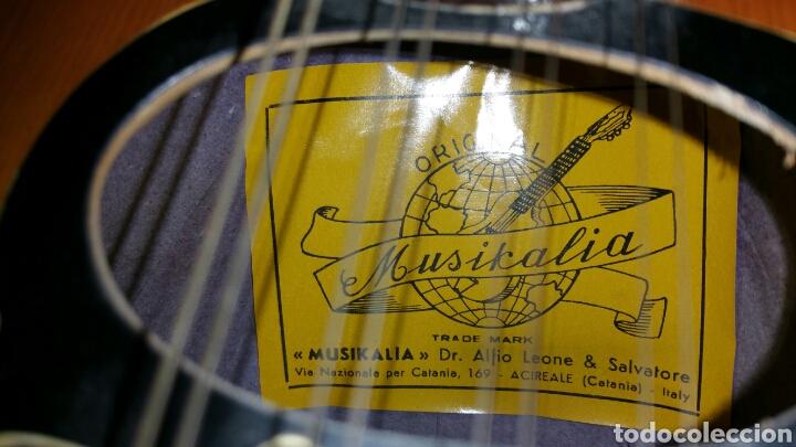 Instrumentos musicales: Mandolina de gran calidad de maderas y marquetería - Foto 4 - 110648156