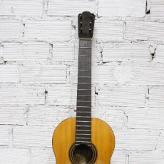 Instrumentos musicales: ANTIGUA GUITARRA MANUEL DE SOTO Y SOLARES, SIGLO XIX. INCLUYE CAJA ORIGINAL DE MADERA. Lote 112432424