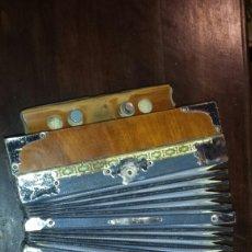 Instrumentos musicales: PEQUEÑO ACORDEÓN 26 CM.. Lote 111178712