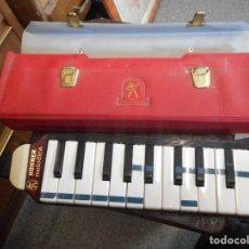 Instrumentos musicales: HONNER MELODICA PIANO CON SU ESTUCHE BUEN ESTADO. Lote 111411707