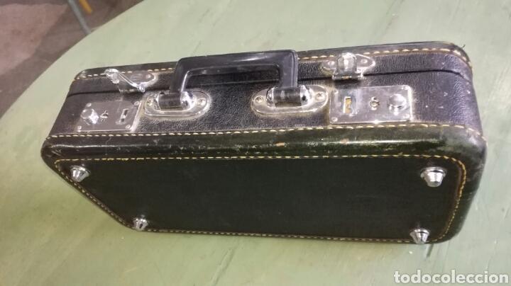 Instrumentos musicales: Caja de clarinete con terciopelo rojo - Foto 4 - 111852890