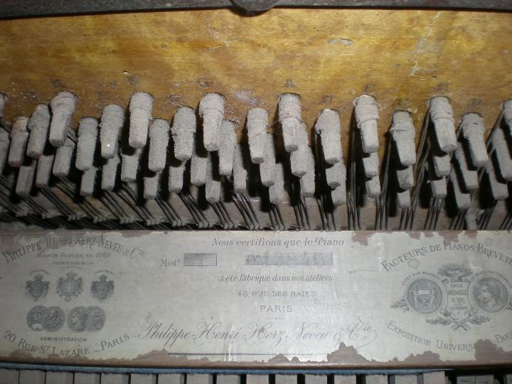 Instrumentos musicales: PIANO ANTIGUO DE PARED S. XIX - Foto 5 - 112155427