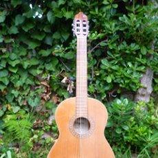 Instrumentos musicales: GUITARRA CLÁSICA ANTIGUA MAESTRO ASSAI MODELO CL 110. Lote 112700699