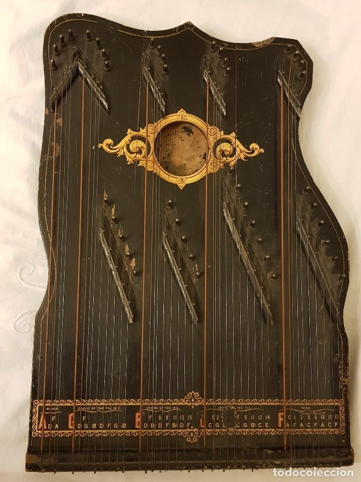 CÍTARA MODELO AEOL POR A. EICHLER (BERLÍN-NUEVA YORK). AMERICAN HARP-ZITHER. AÑO 1900 (Música - Instrumentos Musicales - Cuerda Antiguos)