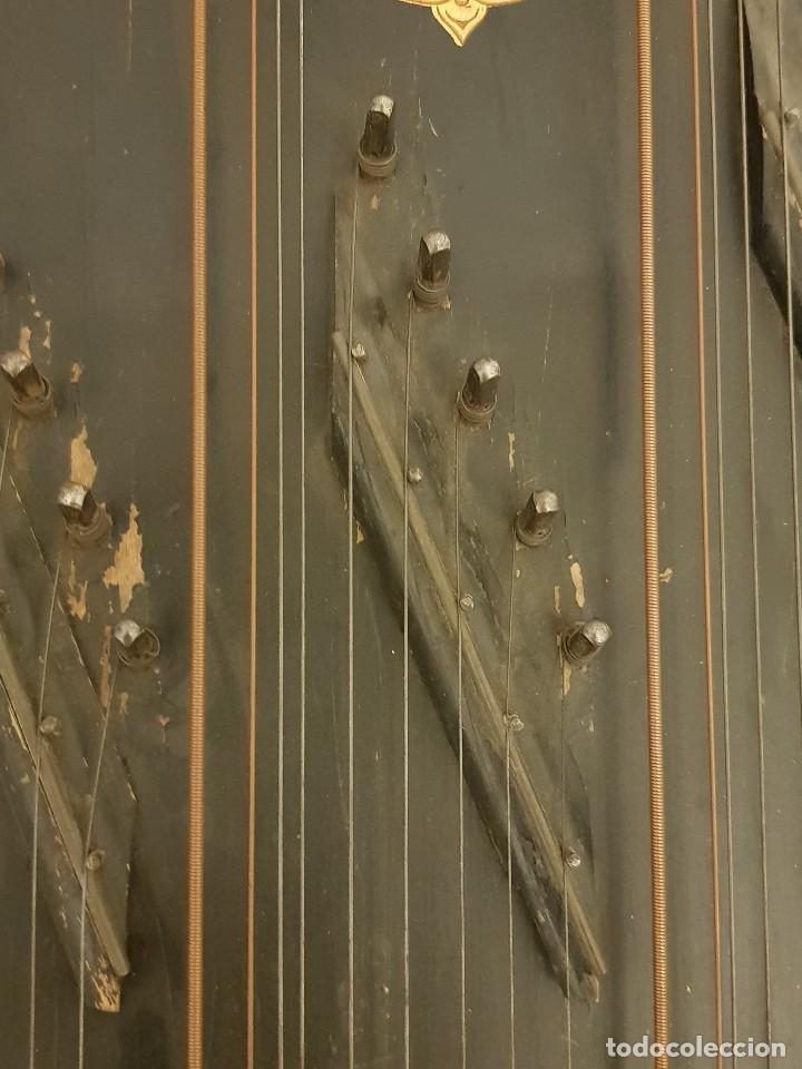 Instrumentos musicales: Cítara modelo AEOL por A. Eichler (Berlín-Nueva York). American Harp-Zither. Año 1900 - Foto 19 - 113313943