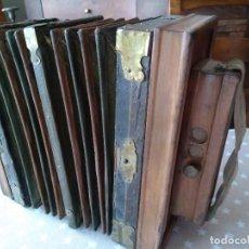 Instrumentos musicales: ACORDEON O BANDONEON RUSTICO ARTESANAL. Lote 113318859