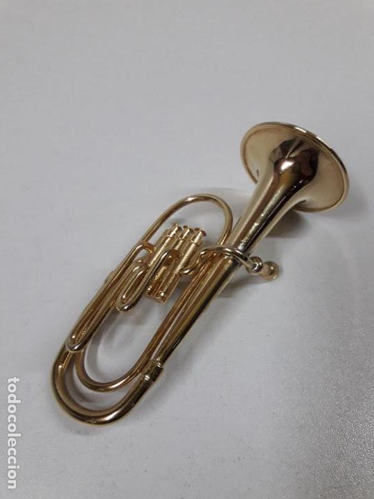 Instrumentos musicales: TUBA - MINIATURA . ALTURA 9,5 CM - Foto 4 - 113349231