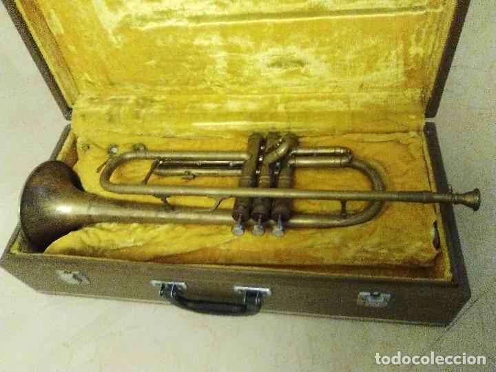 ANTIGUA TROMPETA CON SU MALETÍN (Música - Instrumentos Musicales - Viento Metal)
