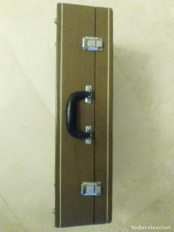 Instrumentos musicales: ANTIGUA TROMPETA CON SU MALETÍN - Foto 9 - 114188143