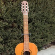 Instrumentos musicales: ANTIGUA GUITARRA CLÁSICA. 1970. Lote 115005595