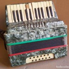 Instrumentos musicales: BONITO ACORDEON PIANO ALVARI PROFESIONAL EN NACAR. Lote 115272915