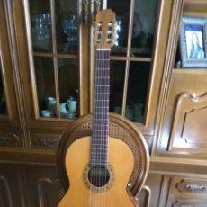 Instrumentos musicales: GUITARRA CLÁSICA JOAN CASHIMIRA MODELO 19-E. Lote 182840905