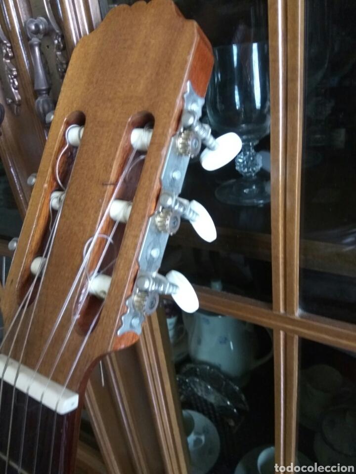 Instrumentos musicales: GUITARRA CLÁSICA JOAN CASHIMIRA MODELO 19-E - Foto 5 - 136350992