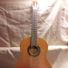 Instrumentos musicales: GUITARRA ESPAÑOLA DE LA CASA PARRAMON BARCELONA PARA APRENDIZAJE. Lote 117055234
