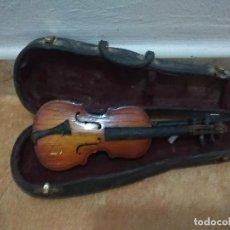 Instrumentos musicales: BONITA MINIATURA DE UN VIOLÍN . Lote 118901519