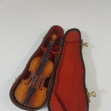 Instrumentos musicales: VIOLÍN EN MINIATURA CON FUNDA MEDIDAS 21 CM. Lote 120426767
