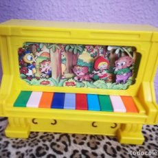 Instrumentos musicales: PIANO DOMENECH MUSICAL AÑOS 70. Lote 120521751