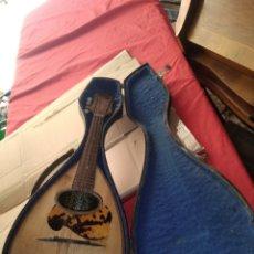 Instrumentos musicales: ANTIGUA MANDOLINA FIRMADA ESPECTACULAR CON FUNDA. Lote 121610911