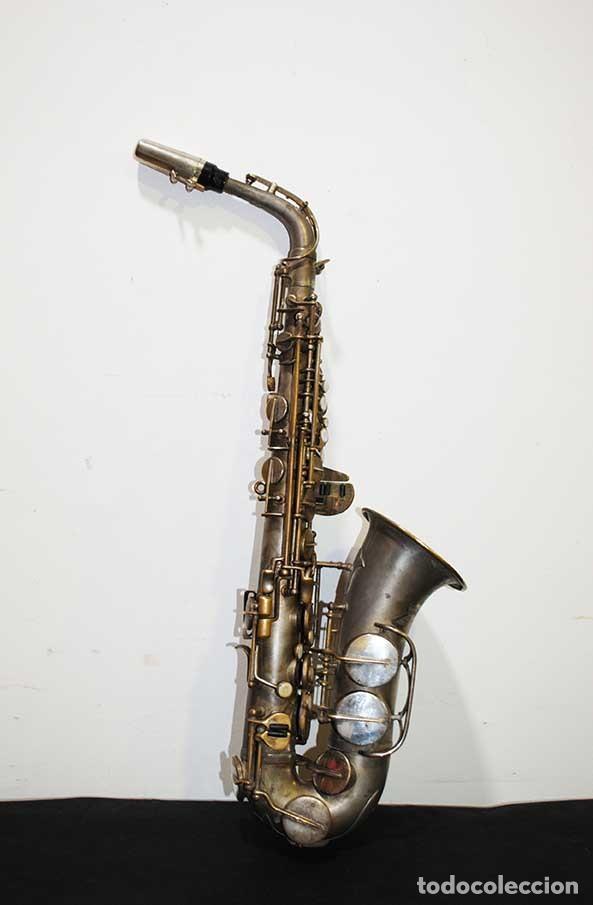 ANTIGUO SAXOFÓN SOLIST DELUX (Música - Instrumentos Musicales - Viento Metal)