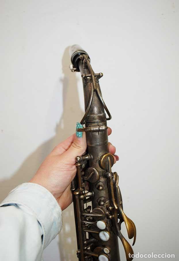 Instrumentos musicales: ANTIGUO SAXOFÓN SOLIST DELUX - Foto 3 - 121722043