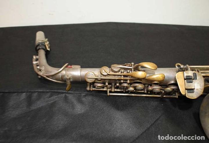 Instrumentos musicales: ANTIGUO SAXOFÓN SOLIST DELUX - Foto 4 - 121722043