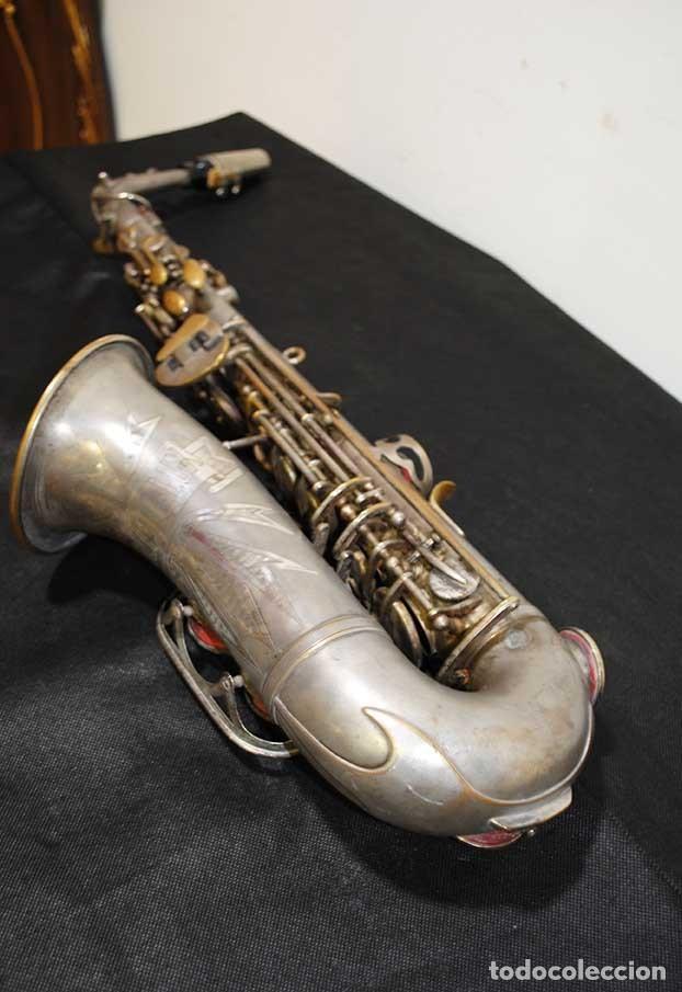 Instrumentos musicales: ANTIGUO SAXOFÓN SOLIST DELUX - Foto 5 - 121722043