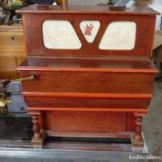 Instrumentos musicales: PIANOLA 6 CANCIONES. Lote 121993199