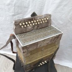 Instrumentos musicales: PEQUEÑO ACORDEÓN METROPOL. AÑOS 30. Lote 122918059