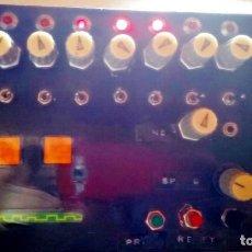 Instrumentos musicales: CAJA BOX SECUENCIADOR ANALOGICO HECHO A MANO DIY 8 PASOS PROGRAMADOR DE PASOS. Lote 124205223