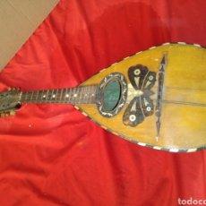 Instrumentos musicales: ESPECTACULAR MANDOLINA SIGLO XIX INCRUSTACIONES DE NÁCAR. Lote 125234832