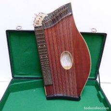 Instrumentos musicales: ESTADO PERFECTO. ANTIGUA CÍTARA DE GEWA MITTENWALD EN SU CAJA ORIGINAL. ALEMANIA 1950 - 1960. Lote 125346191
