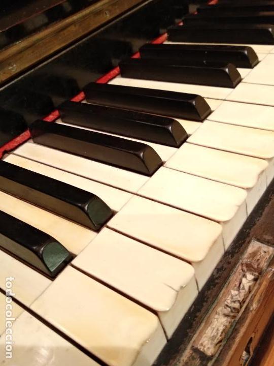 Instrumentos musicales: PIANO ANTIGUO GUARRO E HIJOS BARCELONA - Foto 8 - 125853903