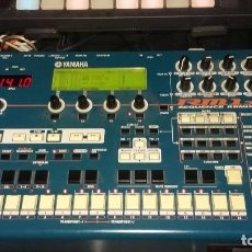 Instrumentos musicales: YAMAHA RM1X GROOVEBOX SECUENCE REMIXER. Lote 126474755