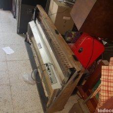 Instrumentos musicales: RHODES. Lote 127467626