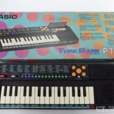 Instrumentos musicales: TECLADO CASIO PT-88 CON CAJA E INSTRUCCIONES 100 SOUNDS TONE BANK KEYBOARD. Lote 128262079