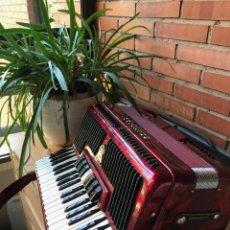 Instrumentos musicales: ACORDEÓN SCANDALLI - 120 BAJOS - AÑOS '60 / '70. Lote 128333447