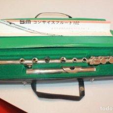 Instrumentos Musicais: NUEVA FLAUTA KYONO SEISAKUJYO S.M. CONCISE 102. PROCEDE DE TIENDA. 50 CM LARGO. + INF. 11 FOTOS. Lote 149216810
