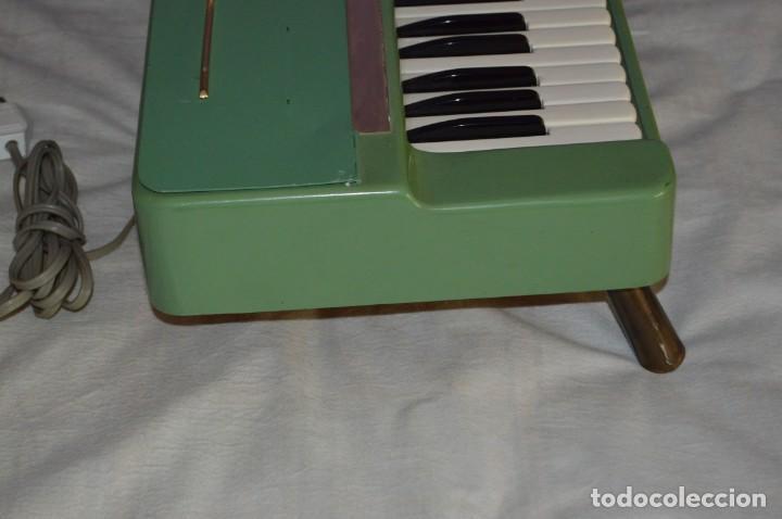 Instrumentos musicales: JOYA - HOHNER ORGANETTA - FUNCIONANDO - PRECIOSA - FUNCIONA A 220V - VINTAGE - ENVÍO 24H - Foto 7 - 130552014