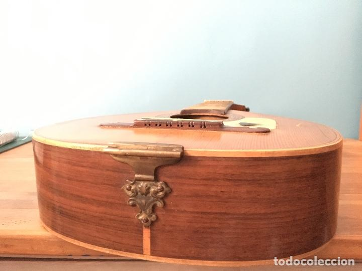 Instrumentos musicales: Preciosa Bandurria JOSÉ SERRATOSA - Antigua fabrica de Guitarra C/ Ancha 50 Barcelona - Foto 12 - 130788444