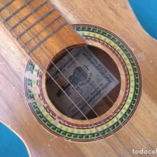 Instrumentos musicales: GUITARRA DE MEDELLIN, ALMACÉN LA GUITARRA. 1973. Lote 130825644