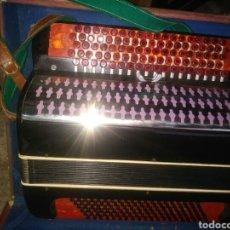 Instrumentos musicales: ACORDEÓN. Lote 131463901