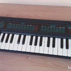 Instrumentos musicales: ÓRGANO PIANO TECLADO ELECTRICO YAMAHA PORTA SOUND PSS 130 FUNCIONANDO, FALTA TAPA PILAS. Lote 131990278