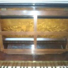 Instrumentos musicales: PIANO ANTIGUO SIGLO18 PERFECTO ESTADO EN FUNCIONAMIENTO TECLAS MARFIL ASIENTO ORIGIAL. Lote 132182358